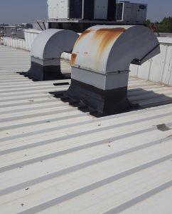 çatı tamiratı sırasında çatı izolasyon işi